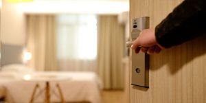 bedroom-door-entrance-guest-room-271639